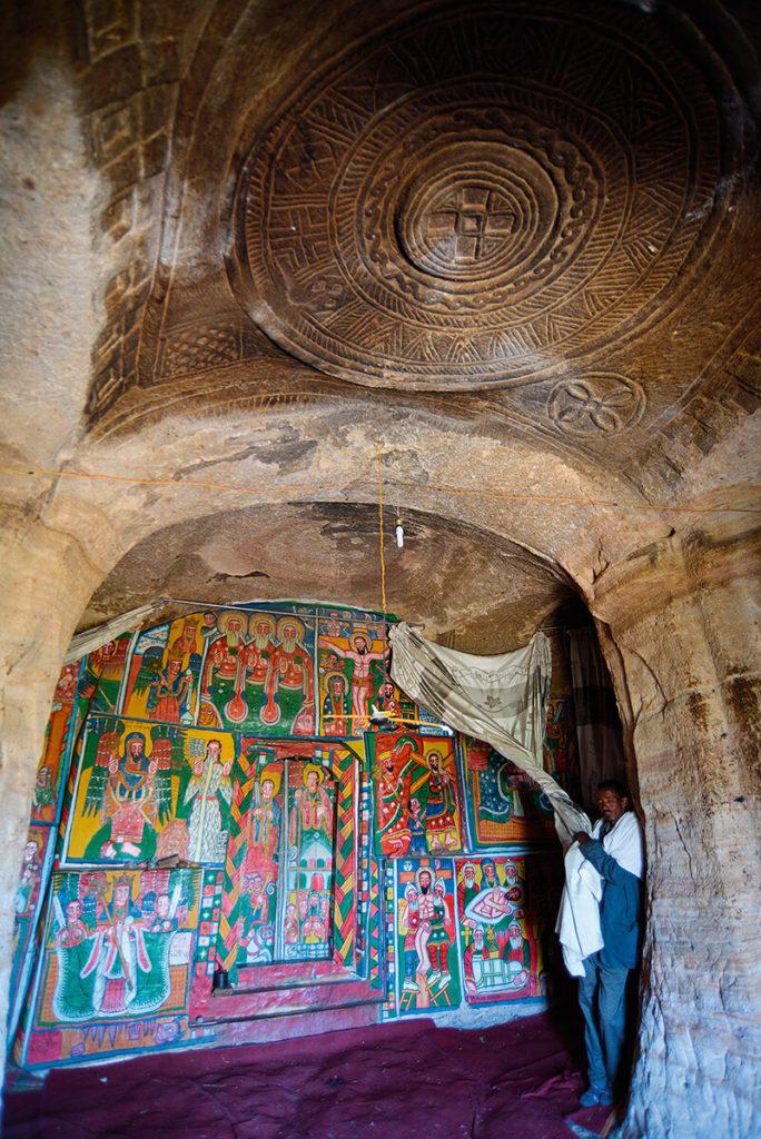 Etiopie - skalní kostely