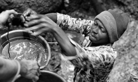 Čech vyrazil po stopách krvavých diamantů v Sierra Leone
