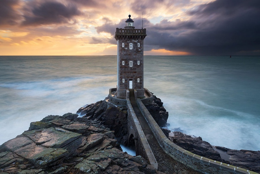 879605-amazing-lighthouse-landscape-photography-18-900-4d1d03151c-1484646257