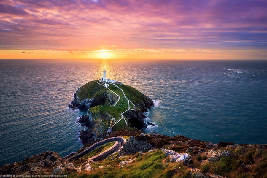 880005-amazing-lighthouse-landscape-photography-106-900-8f56d7e027-1484646257