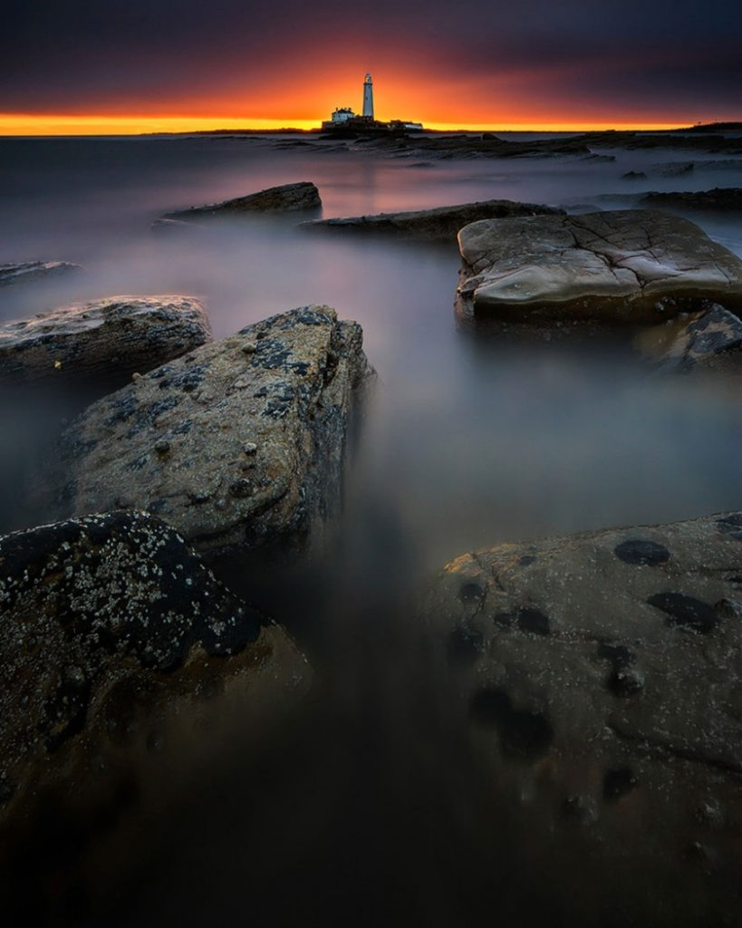 880555-amazing-lighthouse-landscape-photography-5-900-3ae123ab15-1484646257