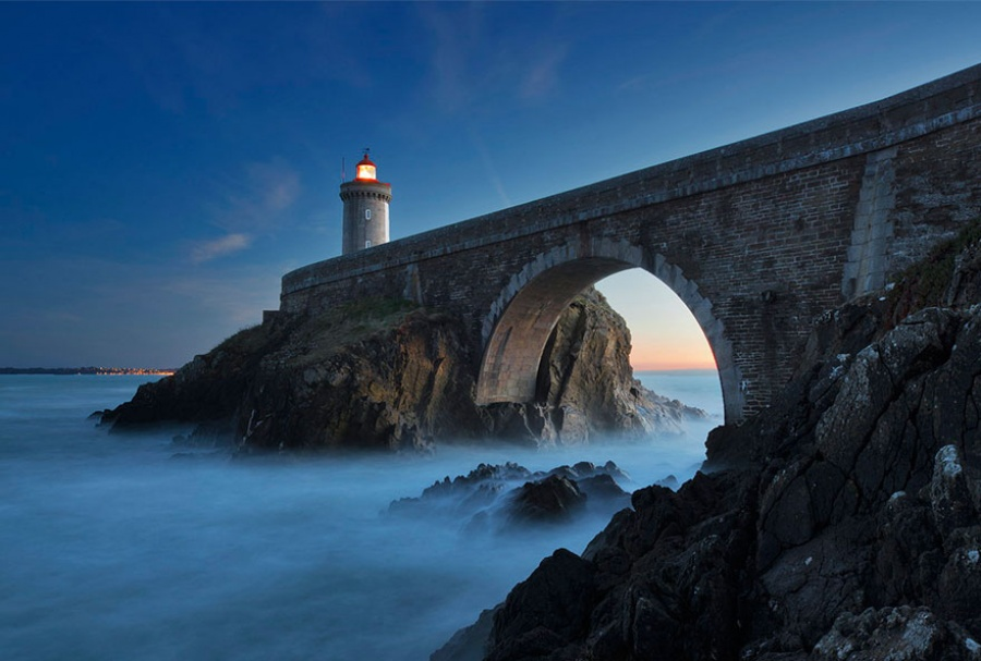880605-amazing-lighthouse-landscape-photography-4-900-133b21b20b-1484646257