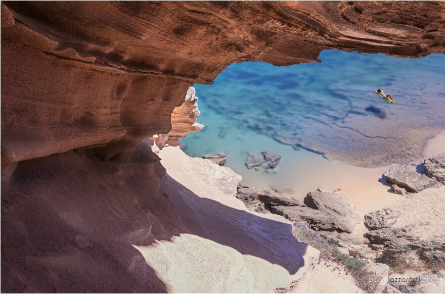 Sardínie pláž