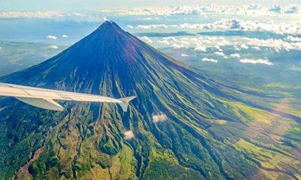15 nejkrásnějších sopek světa, které vypadají jako z jiné planety