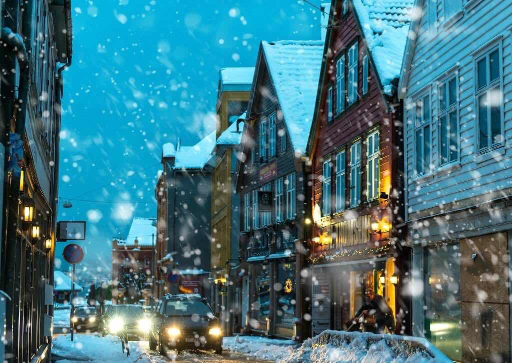 bigstock-BERGEN-NORWAY--DECEMBER---T-105436994