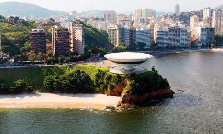 Oscar Niemeyer: architekt, který postavil v Brazílii létající talíř