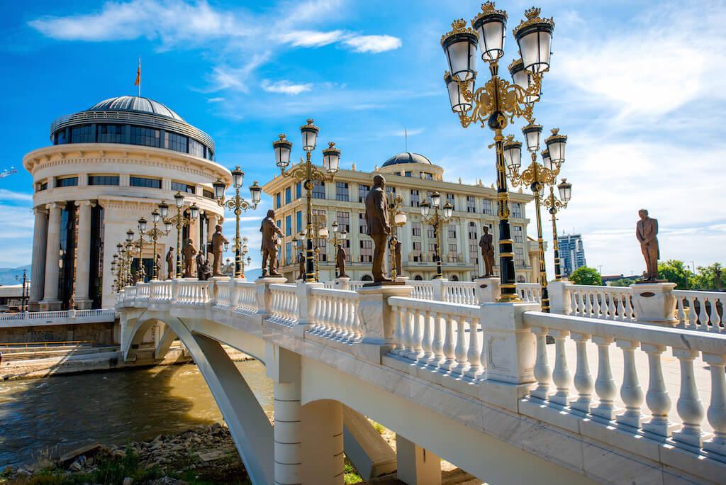Makedonie utrácí miliardy, aby z hlavního města Skopje udělala turistickou senzaci13 minut čtení