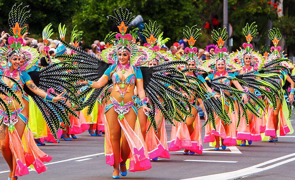 Pravý divoký karneval můžete zažít i na Tenerife10 minut čtení