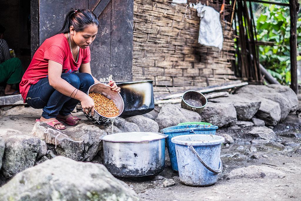 KO1604_Nepal_DL (1)
