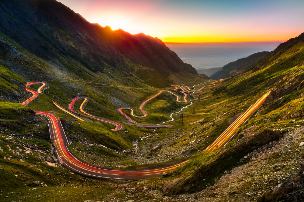 Máte pro strach uděláno? Zde je 6 nejhorších vysokohorských silnic světa