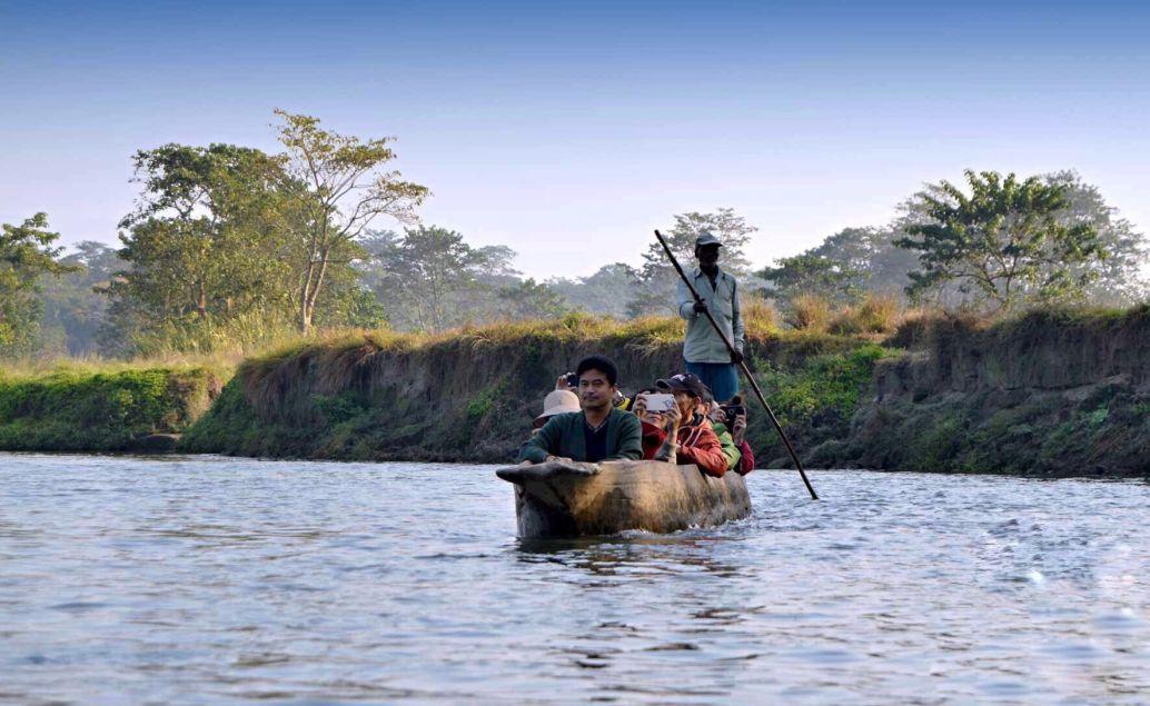 pěší safari kánoe