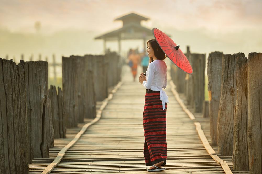 nejlepší asijské seznamka 2015 chodit s někým v cizí zemi