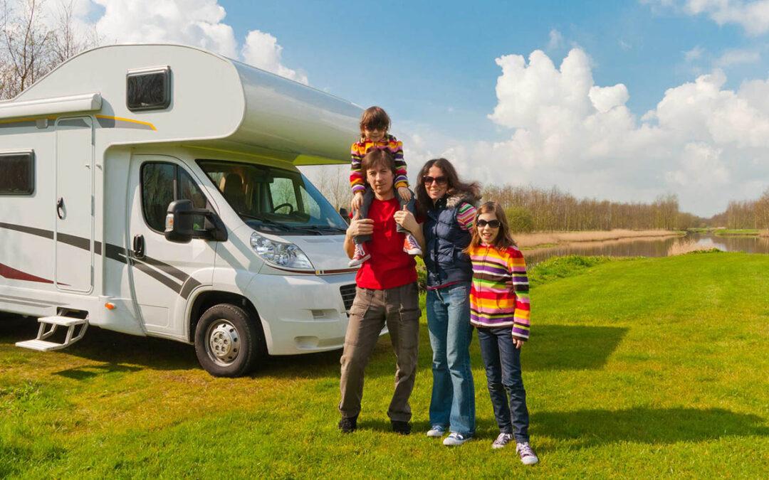 5 skvělých vánočních dárků pro cestovatele, majitele karavanů a turisty