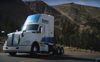Vodíkový náklaďák od Toyoty pokořil legendární Pikes Peak