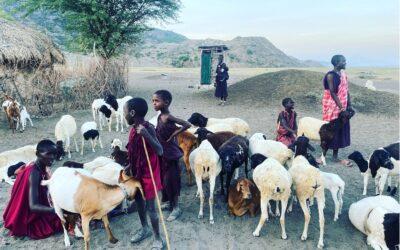 Tanzánie-Safari-Masajové